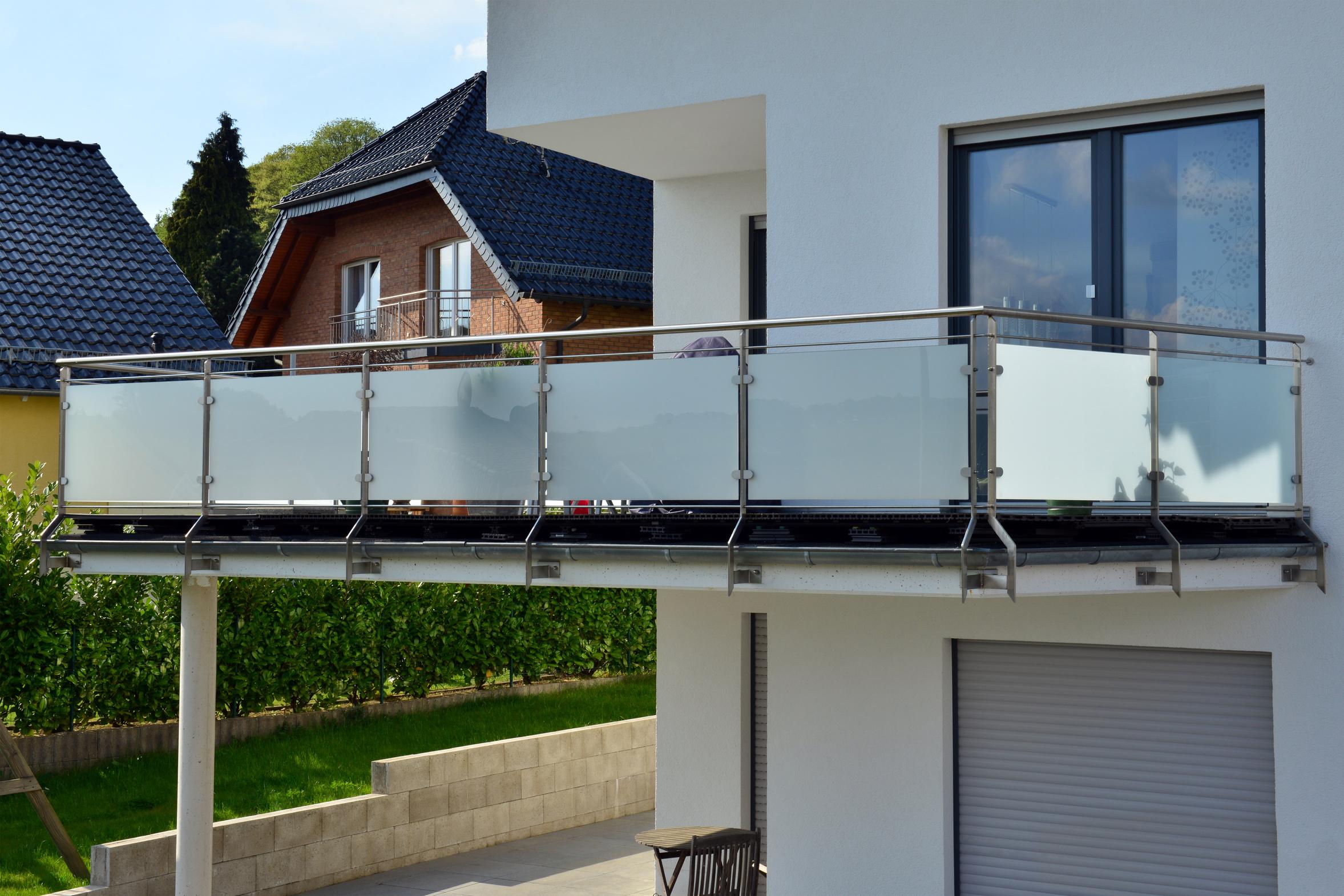 mg bauelemente fenster t ren garagentore wintergarten in idar oberstein freisen. Black Bedroom Furniture Sets. Home Design Ideas